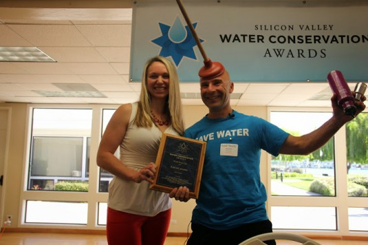 Hearty receiving the 2014 Water Conservation Award for Education with Andree Johnson of BAWSCA.  Picture by Elizabeth Sarmiento